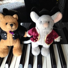 Hallo Little Mozarts